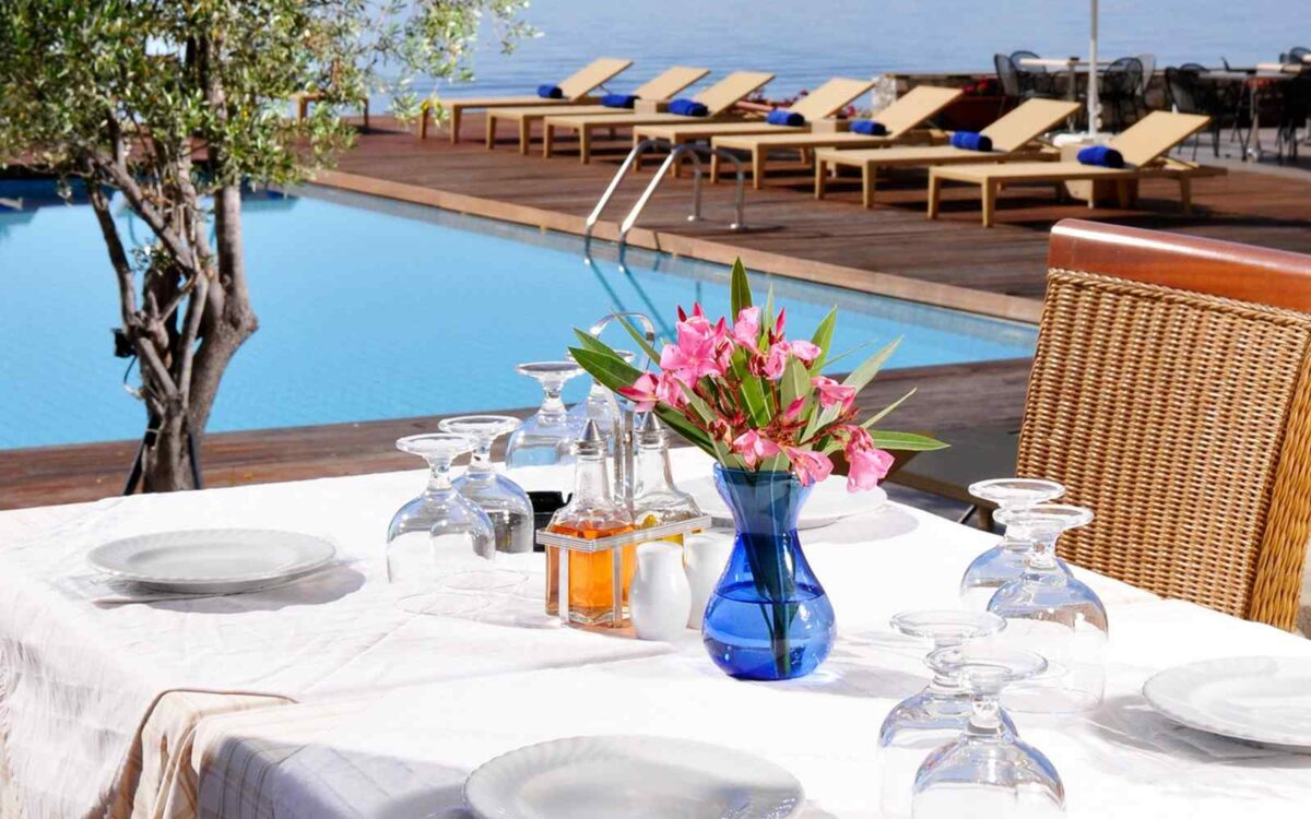 summer-hotel-09-1200x750.jpg